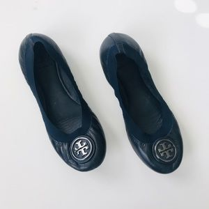 Tory Burch Navy scrunch emblem flats